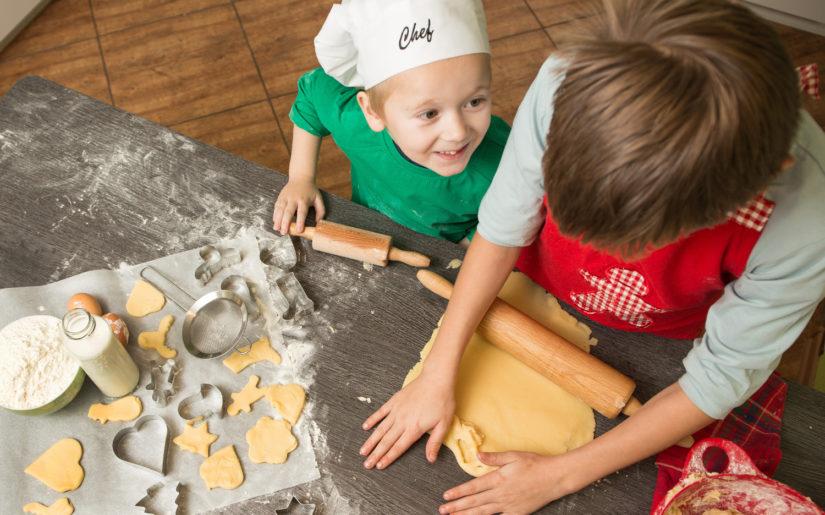 Weihnachten: Backen mit Kindern